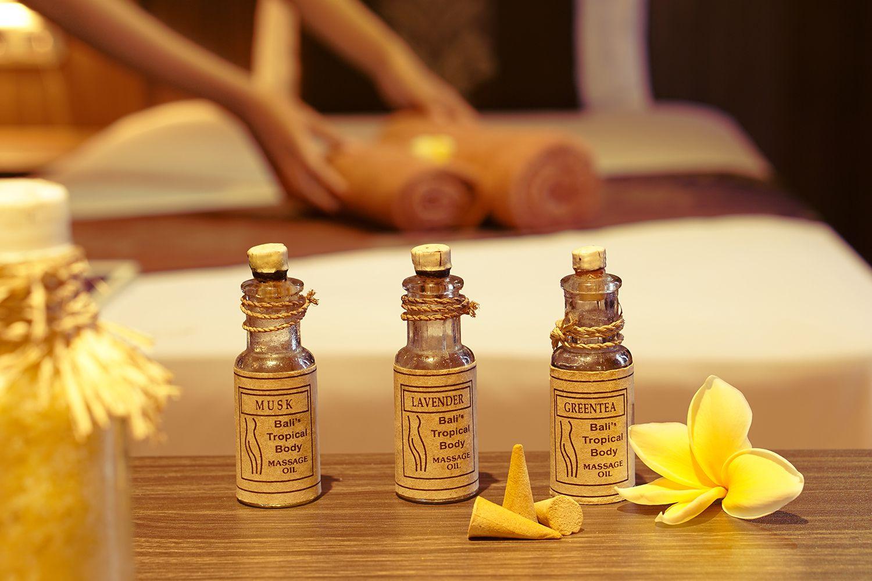 De Royal Spa Massage Oil W1000px Compressor Grand Kecubung Hotel